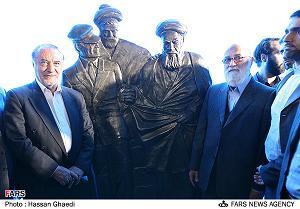 mojasame_khomeini.jpg